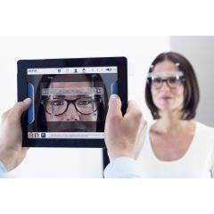 VISUREAL PORTABLE - visuReal+ fait de chaque iPad un outil de prise de mesures léger, mobile et très précis pour votre magasin. Le système prend les mesures avec rapidité et précision. Un logiciel de pointe permet de recueillir les images et données de mesure, et de les calculer par le biais du « cloud computing ».