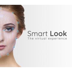 Smart Look - <p>Grâce à <strong>Smart Look</strong>, analysez automatiquement l'apparence physique de vos clients.</p> <p>L'application sur iPad détermine: le genre, l'âge, la forme du visage et la couleur des cheveux puis propose une expérience d'essayage virtuel des montures correspondant le mieux au style de votre client. Une nouvelle façon de vivre l'expérience du choix des montures en magasin.</p>