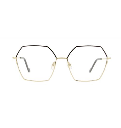 """Remaster : nouvelle saison chez VANNI - Une collection de lunettes qui transforme les pièces maîtresses du passé en accessoires incontournables d'aujourd'hui : les montures revisitent les """"classiques"""" du design optique en s'accaparant les formes iconiques de l'époque, s'habillant de couleurs basiques et naturelles et affichant des styles qui ont marqué l'histoire de la mode."""